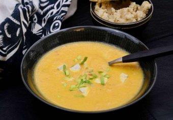 Morotsoppa med ingefära och chili