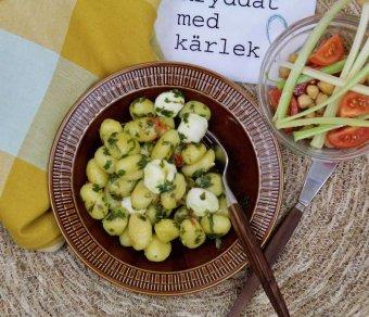 Gnocchi med gremolata och mozzarellabollar