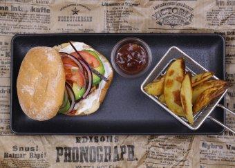 Surfburger med BBQ-sås