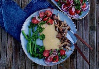 Krämig polenta med svamp och bellaverde