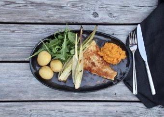 Stekt torsk med rostad morotskräm